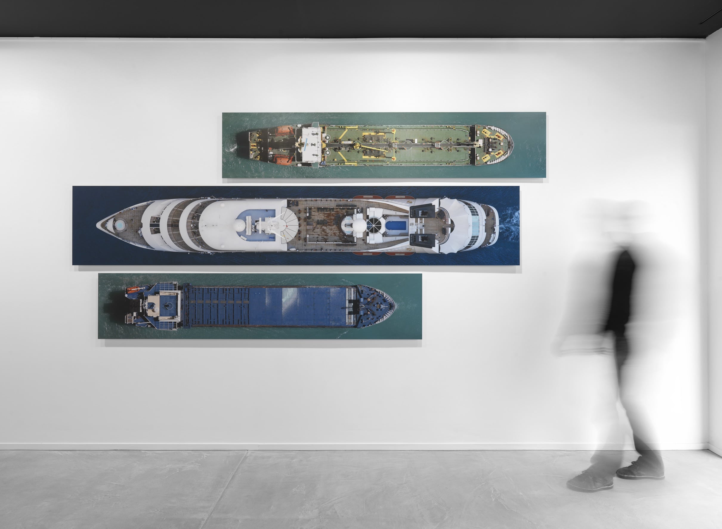 Laurent-Maes-Shipshape-Installation-View